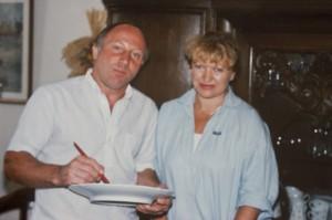 Uwe Seeler - Fussballnationalspieler - mit Annerose Könneke - Porzellanmalerin